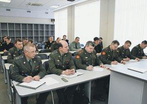 В России озаботились трудоустройством отставников