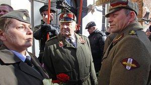 """""""Ветеранские вести"""" призывают дать оценку шествию ветеранов войск СС в Риге"""