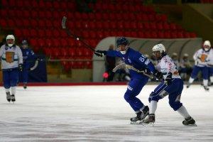 Вторая победа московских динамовцев в домашней серии матчей чемпионата России по хоккею с мячом