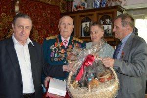 Навестили участника Курской битвы