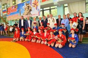 Юные самбисты посвятили турнир Дню Победы