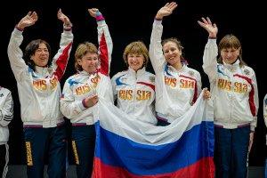 Московские динамовцы завоевали 11 медалей на чемпионате Европы по фехтованию среди ветеранов