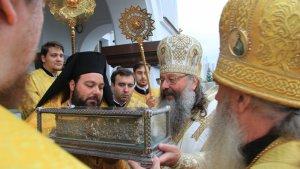 Мощи святителя Спиридона в Екатеринбурге встречали на месте расстрела царской семьи